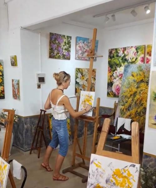 Workshop oil sessions «Mimosa» with Diana Malivani at Dreams Gallery, Limassol, Cyprus (2018)